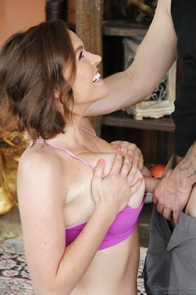Busty MILF Krissy Lynn taking cumshot in mouth from tattooed s8rboy