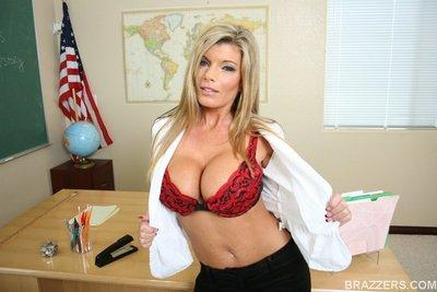 Big titted MILF teacher Kristal Summers feels her spread pussy