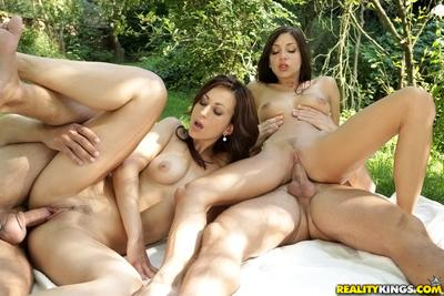 Outdoor groupsex of European milf Simone Style and her friend Rachel Evans