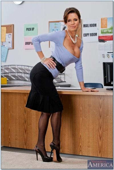 Cute milf Veronica Avluv rocks office with her stockings and miniskirt
