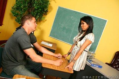 Latin MILF teacher Alexis Amore giving blowjobs in the classroom