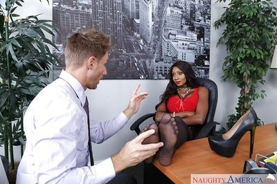Ebony secretary Diamond Jackson having black feet worshiped in office