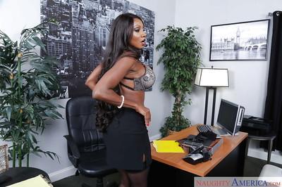 Ebony secretary Diamond Jackson having black feet worshiped in office