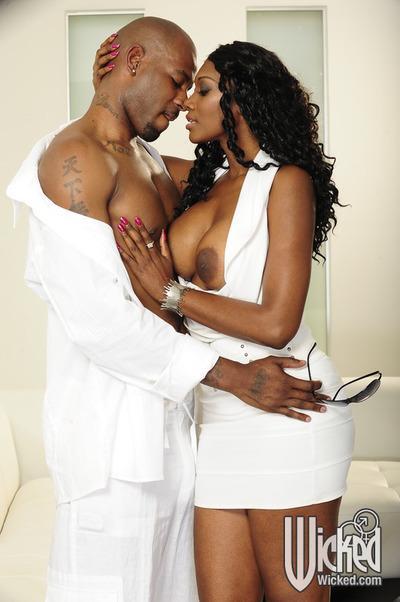Sexy ebony MILF with big tits Nyomi Banxxx fucking a big black cock