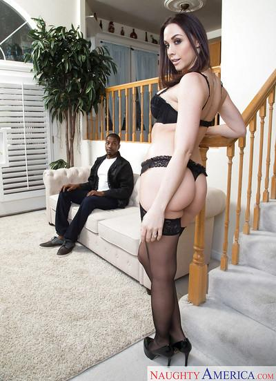 Hot pornstar wife Chanel Preston going down on hubby