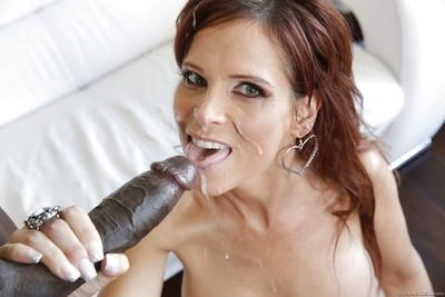 Milf slut Syren De Mer enjoys a black big cock in an Interracial fuck