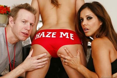 Francesca Le and Ashlynn Leigh are having an awesome threesome