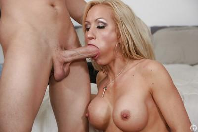 Blonde milf with amazing tattoos and big tits Zoey Portland goes wild