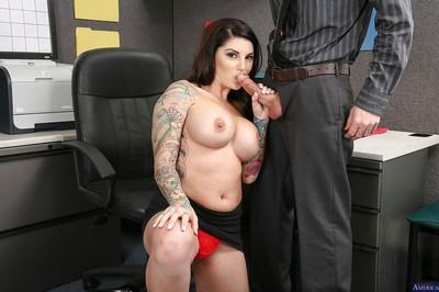 Tattooed cougar milf Darling Danika has her big tits teased while fucking