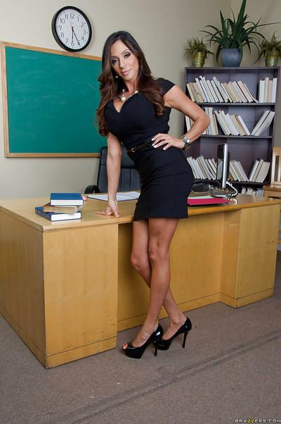 Voluptuous teacher on high heels Ariella Ferrera stripping in the class