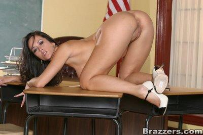 Lustful MILF teacher Carmella Bing posing nude on her table