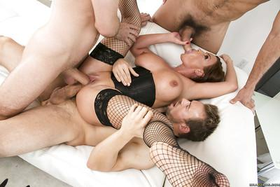 Jizz starving busty MILF Diamond Foxxx enjoys a groupsex with three guys