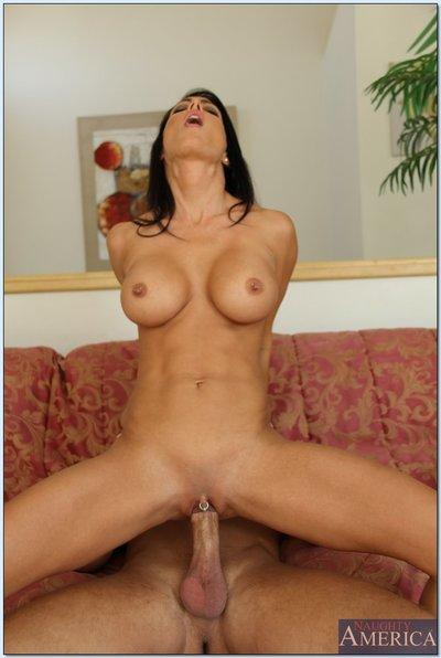 Busty MILF Jessica Jaymes gets her shaved pierced pussy drilled hardcore