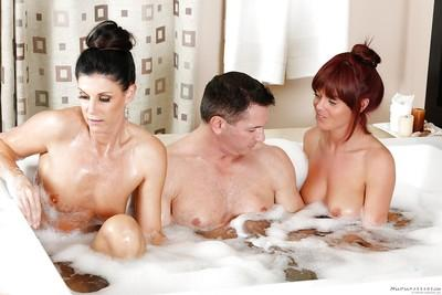 Milf babes India Summer and Rahyndee James ass fucked in threesome