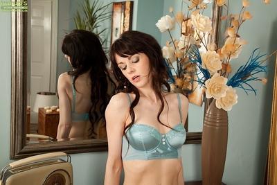 Vineeta Rose poses in her expensive lingerie in her nice bedroom