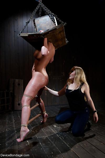 Chesty MILF Phoenix Marie taking fisting with bondage box on head