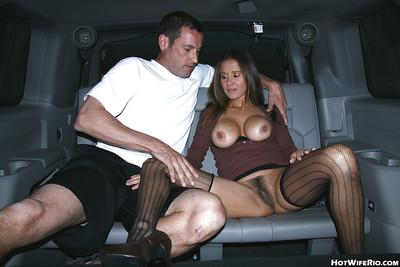 Slutty Wife Rio exposes her hairy cunt and gives a blowjob in the car