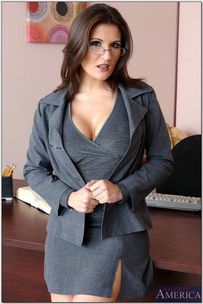 Shapely office MILF Austin Kincaid revealing round breasts and booty