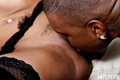 Black tool slides fast inside charming vagina of Skin Diamond