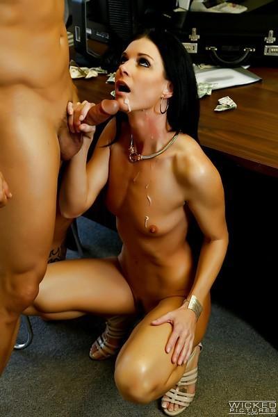 Skinny mature MILF India Summer deepthroating dick in office