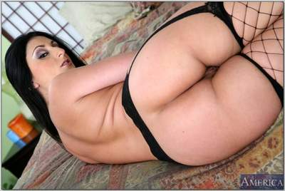 BBW latina MILF Luscious Lopez flaunting in gartered fishnet stockings