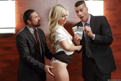 Blonde MILF Madelyn Monroe sucks off two cocks for fistfuls of money