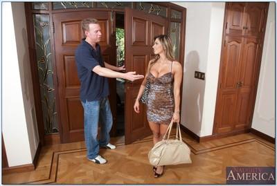 Busty Latin wife Esperanza Gomez is so good at handling cock
