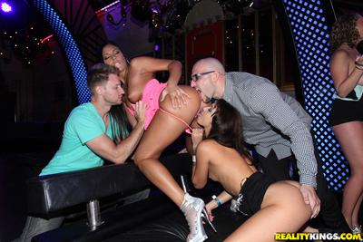 Esmi Lee, Tiffany Taylor, Brooke Wylde, Gianna Nicole on a wild party