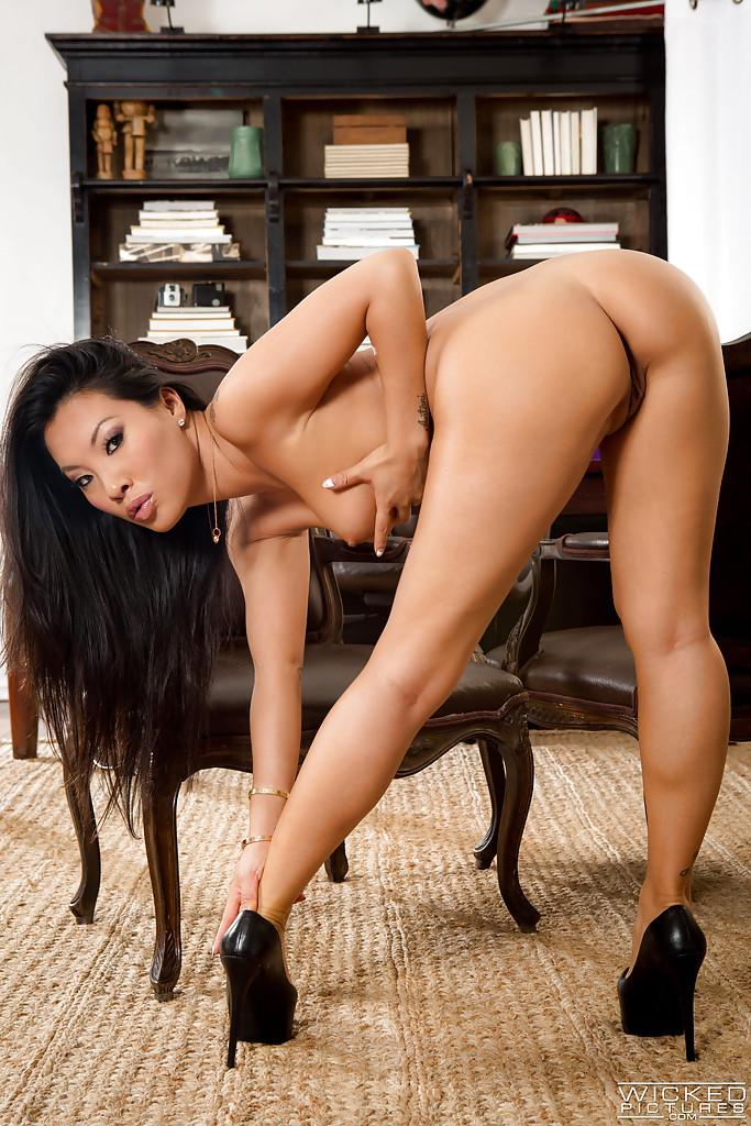 Gorgeous asian kaylani lei wants to spice up her marriage - 1 part 5