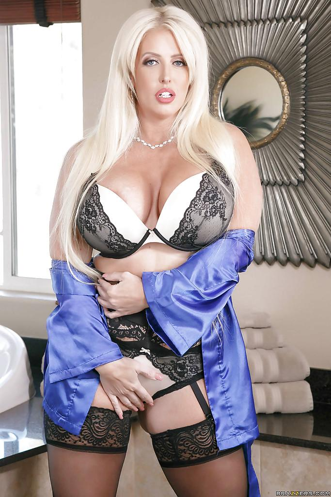 Chunky blonde mom Alura Jenson posing for lingerie photo