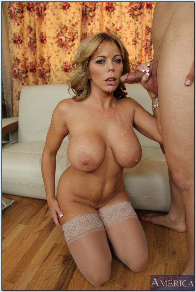 gorgeous tits cumshot