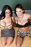 Lesbian MILF teacher Sophia Lomeli getting off with Juelz Ventura