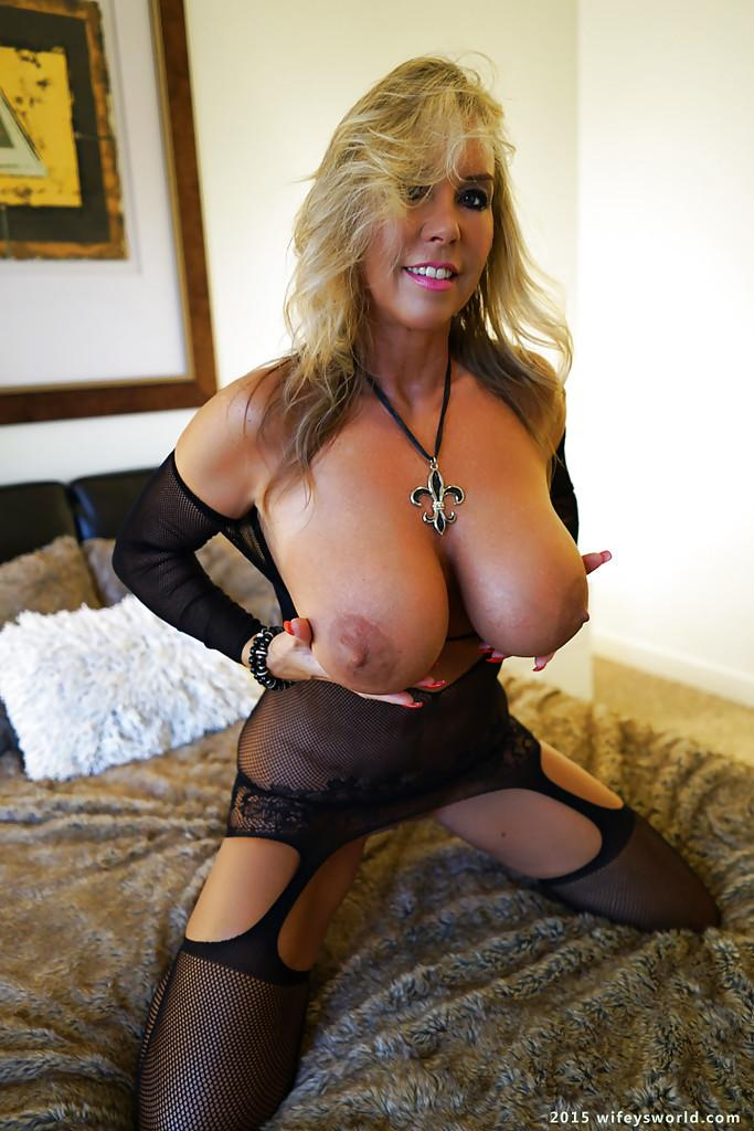 Opinion you Blonde milf cougar lingerie cleared