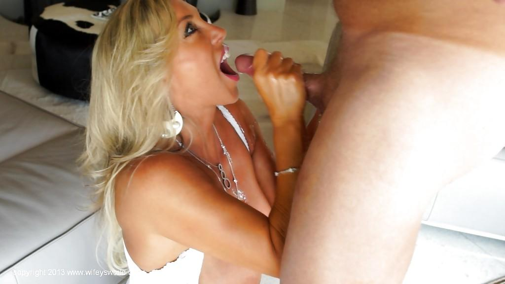 Sexy model gets licked by the bf 8