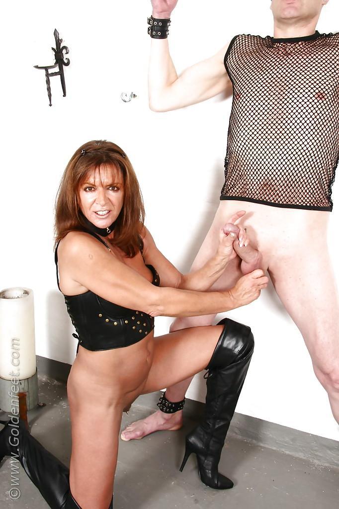 Sarah pornstar mature
