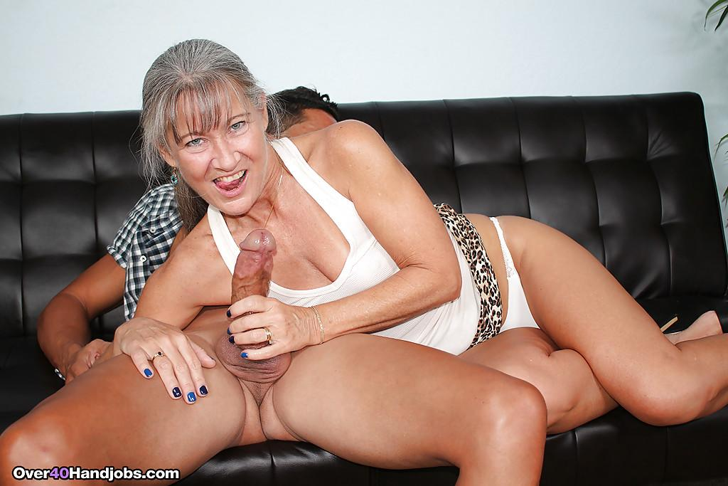 Thick cougar milf with bigtits jerking cock