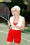 Sporty mom Raquel Sieb gets banged by her tennis coach right on the court
