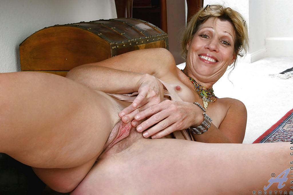 Aroused Pussy Milf Images 98