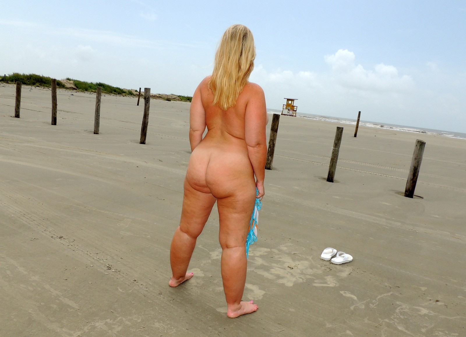 Chubby nude beach wife
