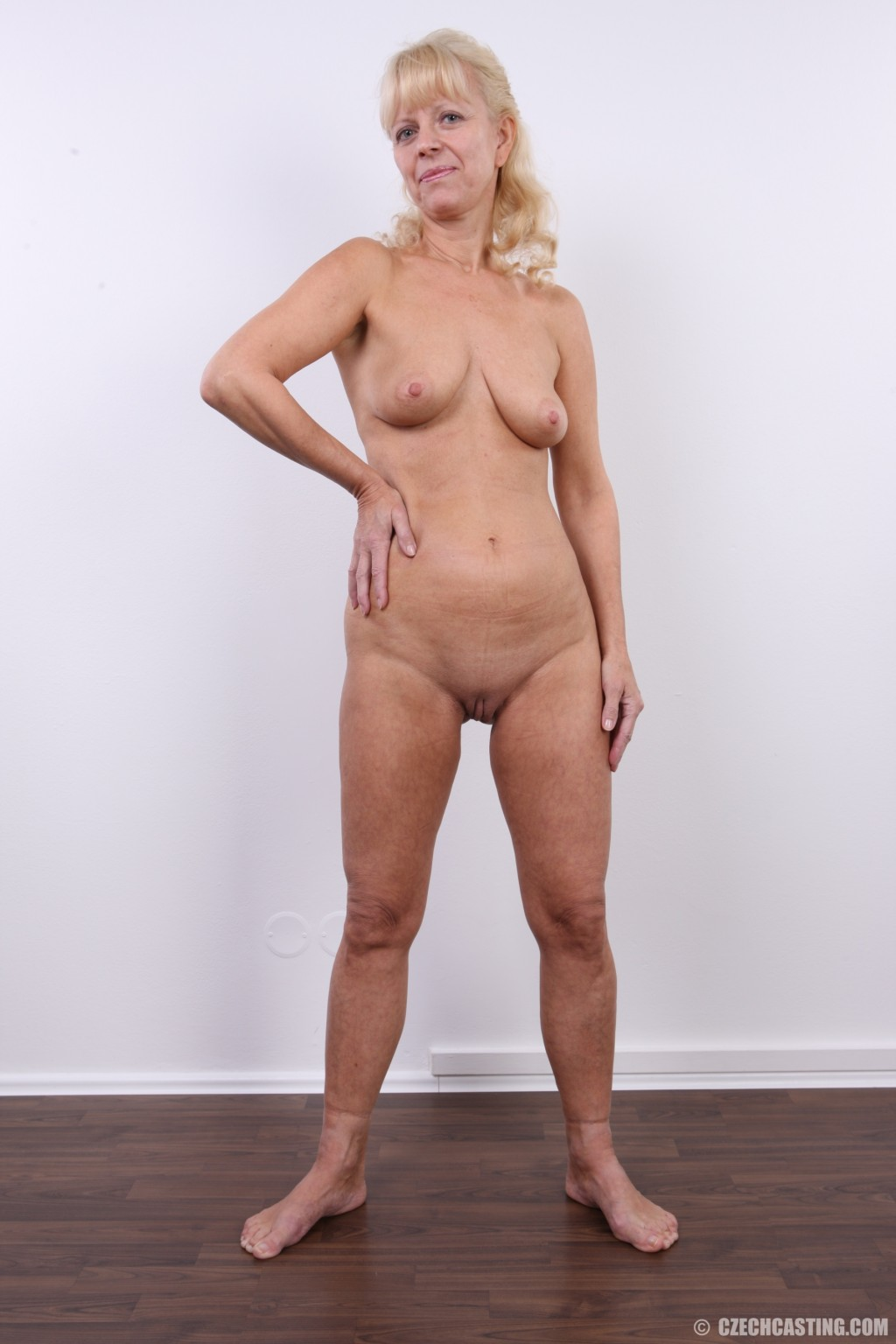 Big boobed blonde lady sonia get teased by toys 6