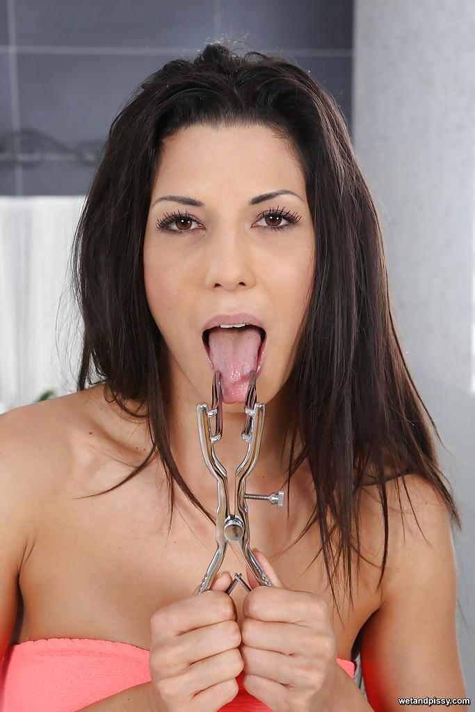 Piss drinking alexa tomas gulps down pee in hot sex session 5