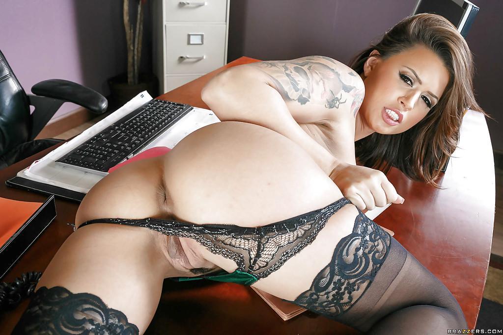 nude latina at work video