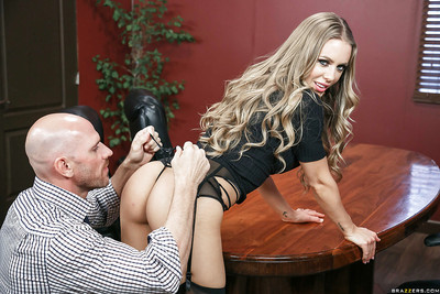Pornstar Nicole Aniston gives a fully dressed facefucking to large dong