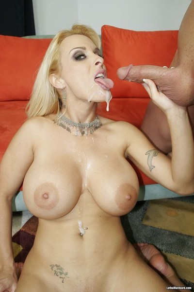 Busty blonde milf holly halston on cock in doing of love doing
