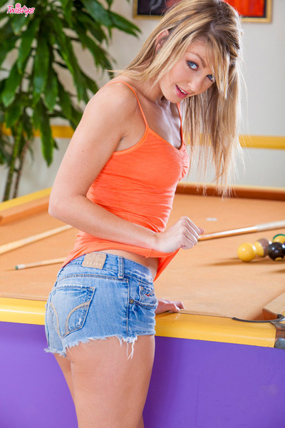 Staci silverstone pleasures her stunning cunt on top of the pool table