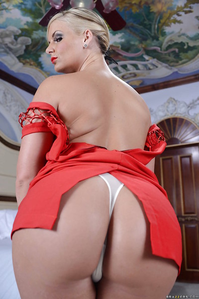 Curvy MILF in feel like red dress Phoenix Marie undressing and posing as mother gave birth