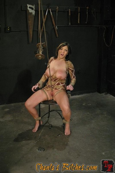 Claire dames tied in arm bounding getting a hot mammoth orgasm