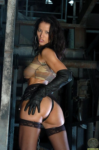 Beautiful hotty black from actiongirls