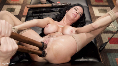 Please welcome the fabulous and hawt veronica avluv to hogtied! veronica is a ny