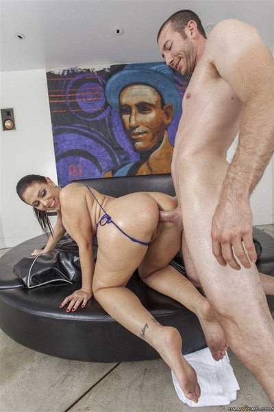 Madison rose acquires her big ass oiled up and banged